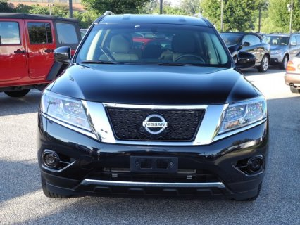 صور For Sale: 2013 Nissan Pathfinder Full Option {SV} 1